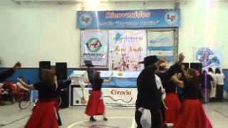 Danzas: Gauchito Catamarqueño. Marote Chaqueño y Cielito del Porteño