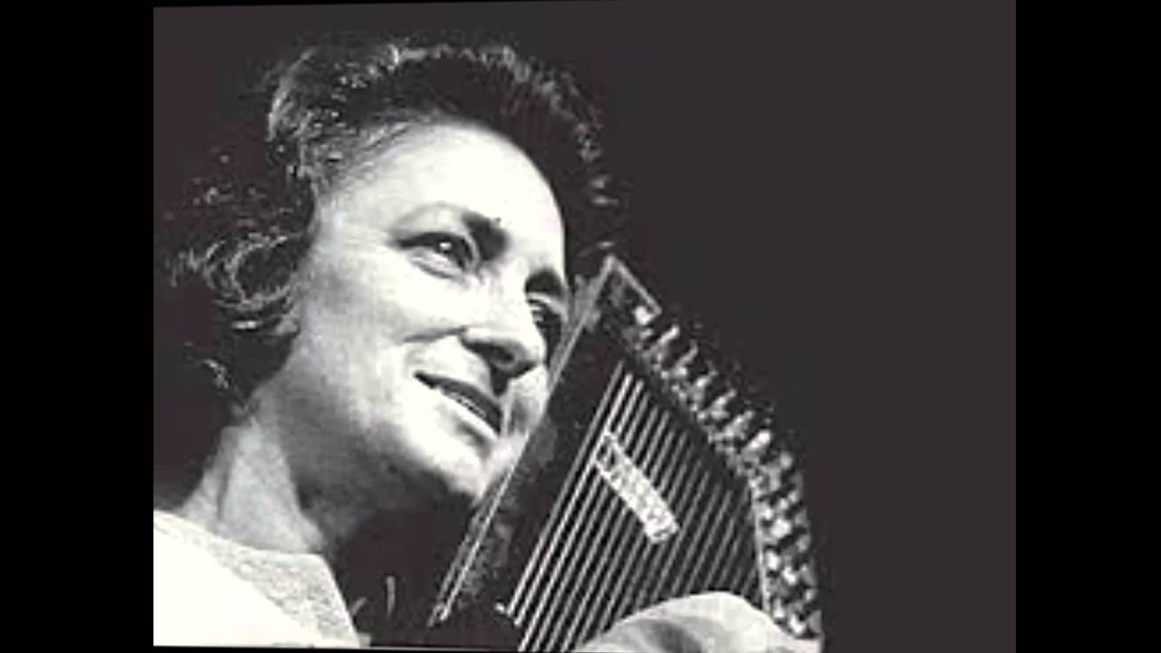 women country singers - 'Mother' Maybelle Carter