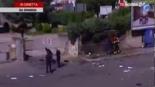 Una adolescente italiana muere en un atentado en el instituto de Brindisi