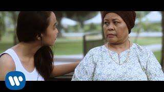 Video Awi Rafael ft. Ayai - Manusia Sempurna [OFFICIAL VIDEO] download MP3, 3GP, MP4, WEBM, AVI, FLV Maret 2018