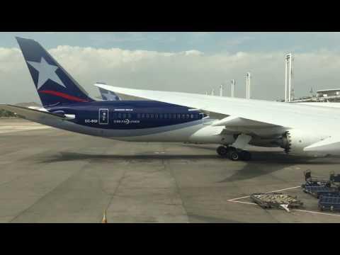 Santiago - Buenos Aires LATAM Boeing 787-9