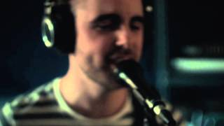 People Vs. Larsen - The Limit to Your Love (Feist) || Stone Sessions