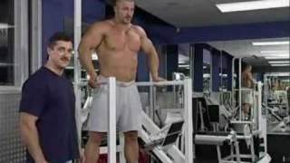 Отжимание на брусьях для мышц груди.flv(Упражнения для мышц груди Видео упражнений по бодибилдингу и фитнесу., 2010-06-17T15:56:01.000Z)