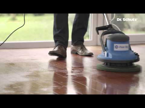 Cleaning & refreshing oiled wood and cork floors with Wood Care for oiled floors and H2Oil