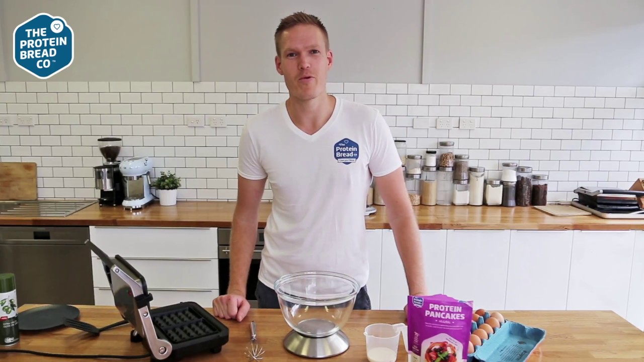 How to make Low Carb Waffles in just 3 minutes - YouTube