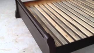 видео односпальні деревяні ліжка ціна