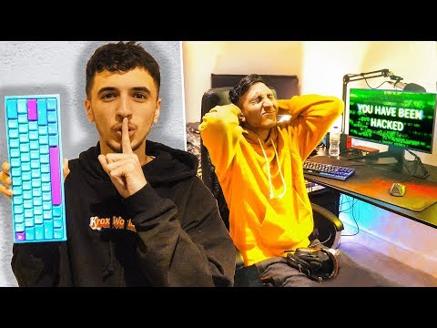 Wireless Keyboard Prank HACK on Best Friend Playing Fortnite...