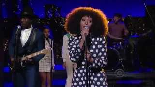 Смотреть клип Solange - Don'T Let Me Down On David Letterman