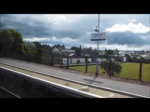 ScotRail Far North Line Invergordon ⇒ Dunrobin Castle 158 721