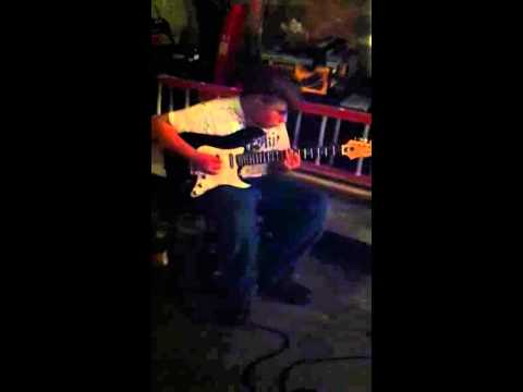 Damian Abraham just jamming
