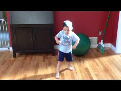 3 year old Maddox Dances to Maroon 5 Kiwi