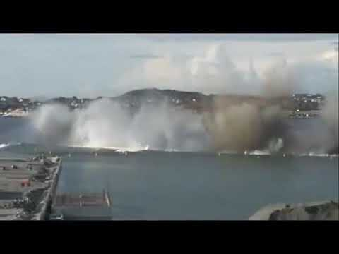 Gempa bumi terbaru dalam laut Penyebab tsunami