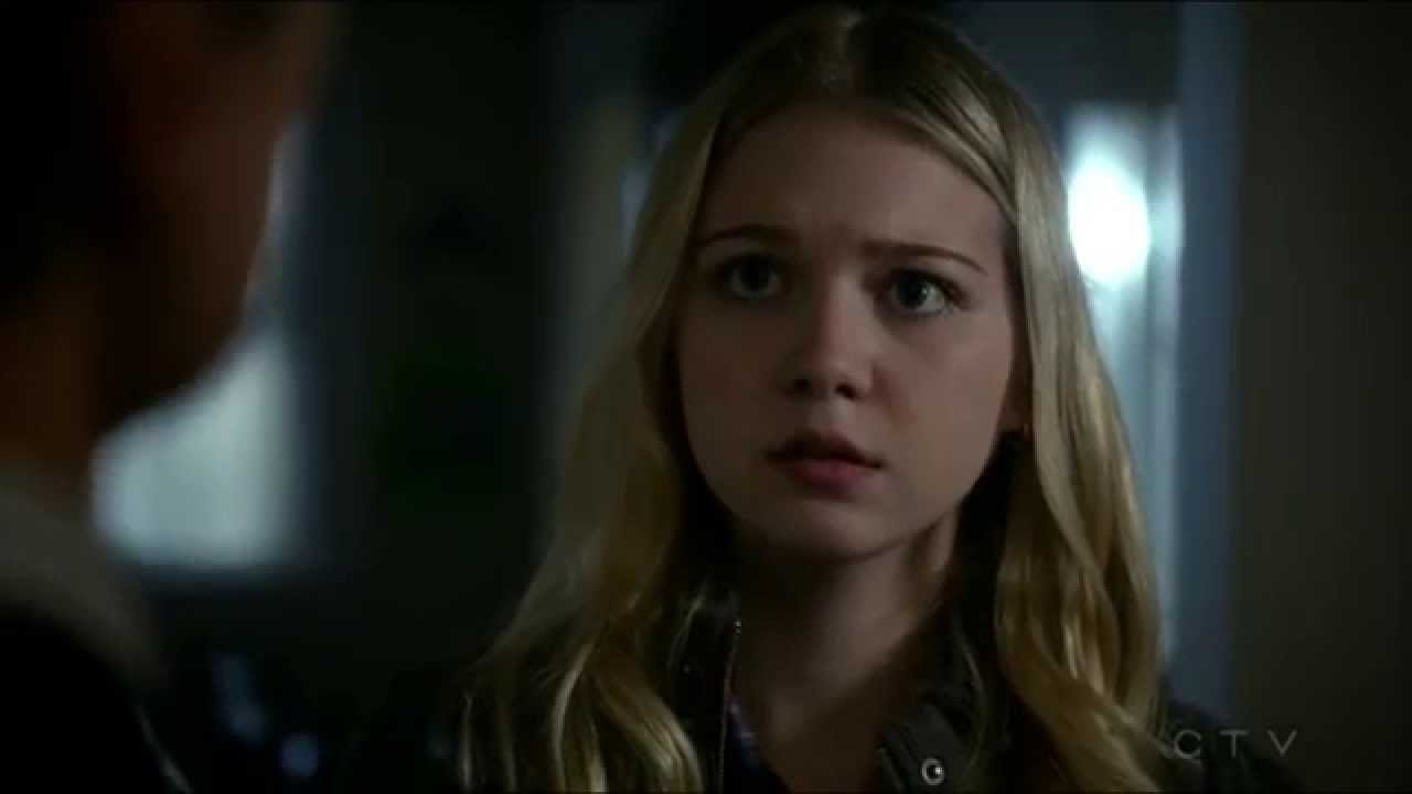 who plays young emma swan in once upon a time