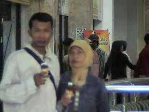 people in Surabaya(Indonesia), Shoping-Mall