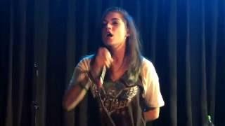 Parisa - 'Blindfold' Live