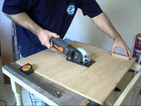 Como hacer una minisierra de mesa casera parte 1 youtube for Como hacer una mesa de cultivo casera