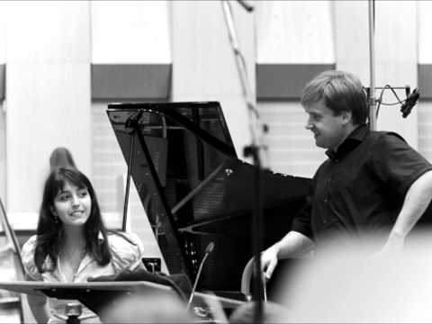 Sophie Pacini - Schumann Piano Concerto (1)