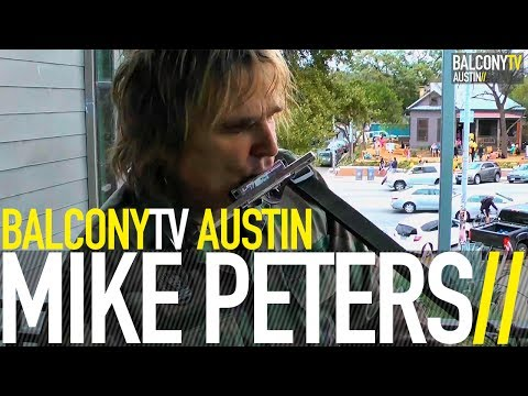 MIKE PETERS - LOVE HOPE AND STRENGTH (BalconyTV)