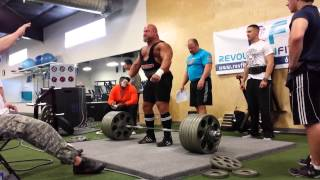 Joe Ladnier 700 lb Deadlift