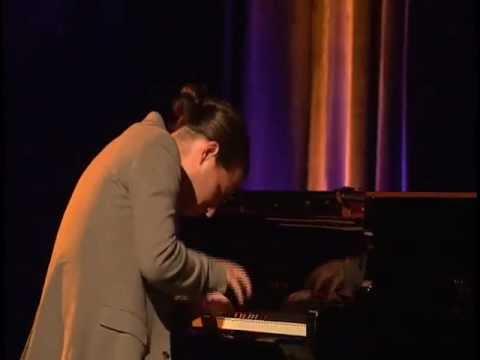 "Alfredo Rodriguez Trio - Live at the 2012 Montreux Jazz Festival ""Guantanamera"""