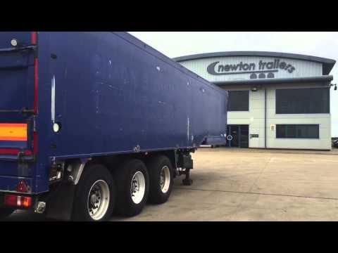 2000 Wilcox bulk blowing trailer