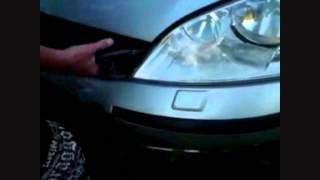 Ford Mondeo 2003 Professional Grille Removal