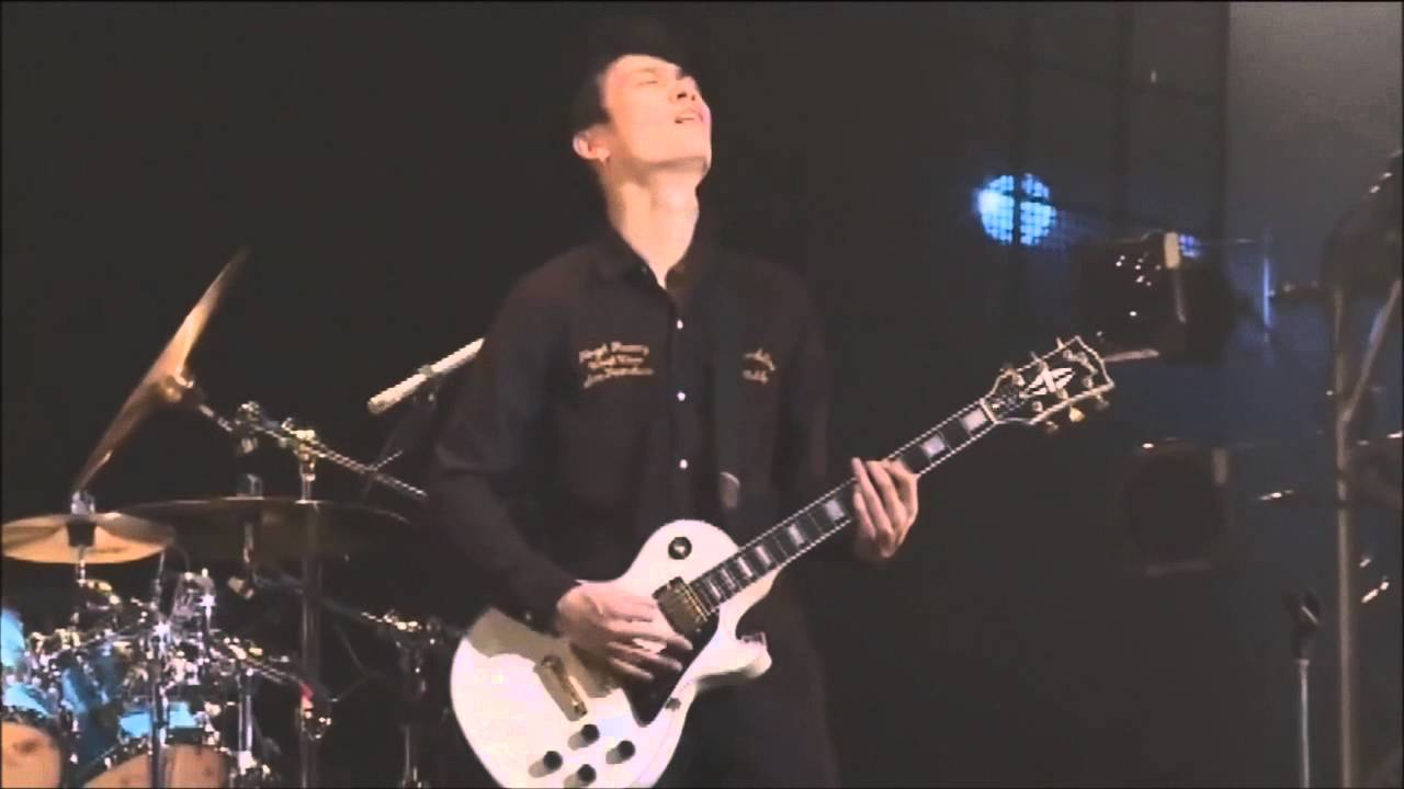 Download One Ok Rock - Naihi Shinsho (Live) (sub español)