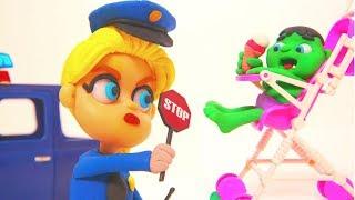 FROZEN ELSA POLICE STOPS BABY HULK ❤ Superhero Babies Play Doh Cartoons For Kids thumbnail