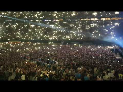 Ed Sheeran- Perfect live in Gelsenkirchen with proposal of marriage♡