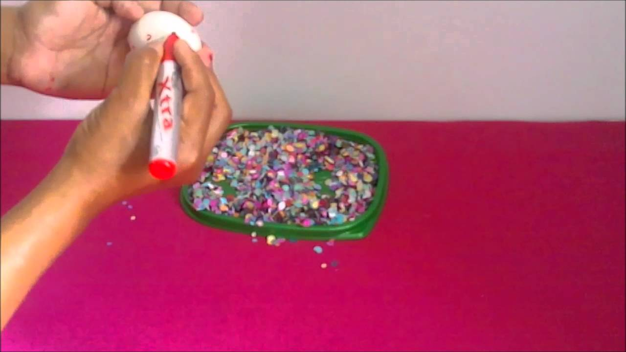 Como hacer huevos de confeti youtube for Como hacer confeti