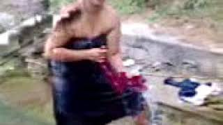 Kerela  Aunty bathing out door  must watch