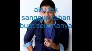 Tepi Sikit   Sleeq ft Joe Flizzow lyrics