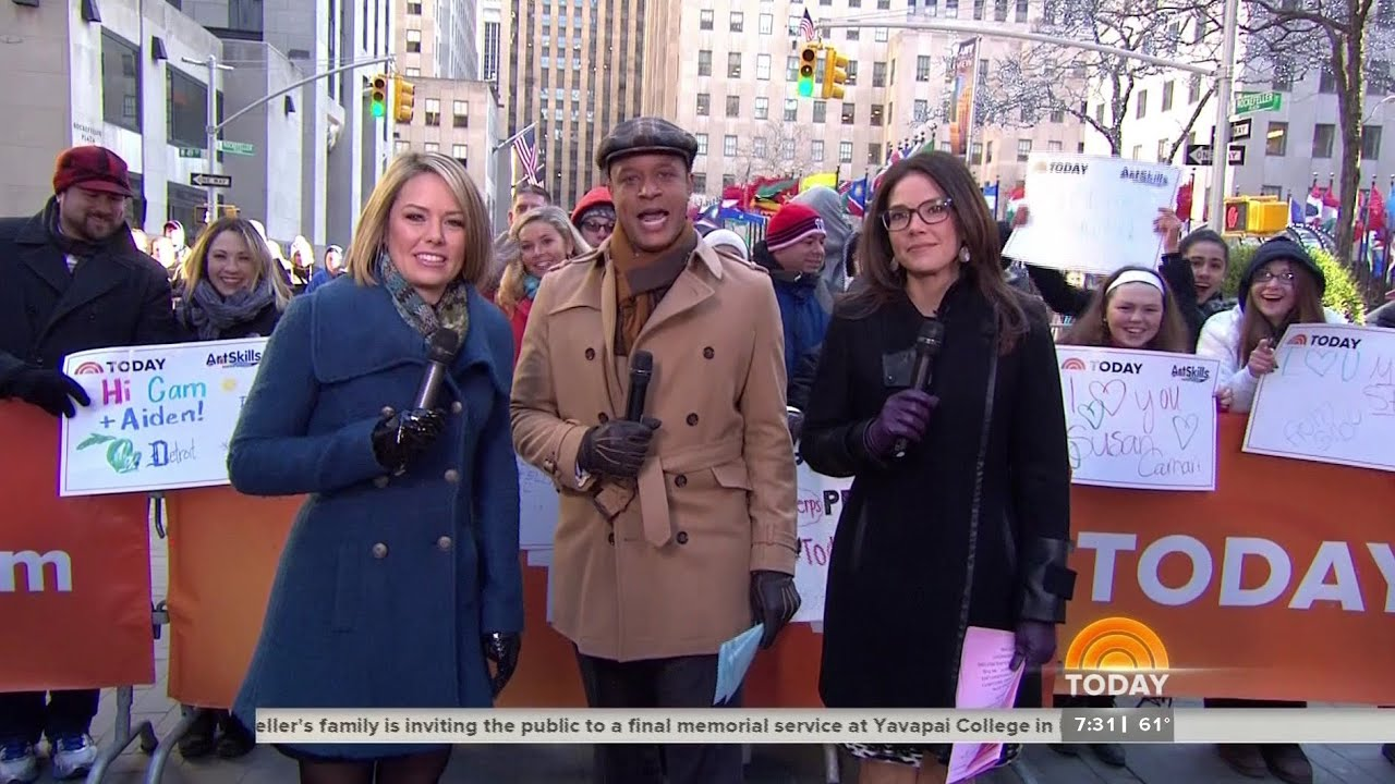 Black patent leather gloves - Erica Hill Amp Dylan Dreyer Wearing Nice Gloves 28 Feb 2015 Youtube