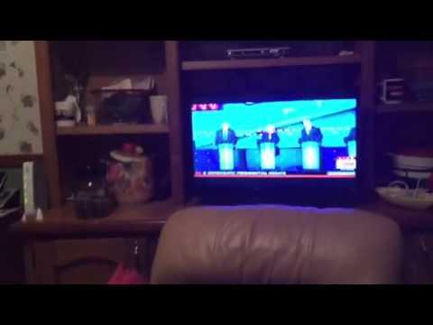 Hillary Clinton Slams Trump, GOP On Immigration #DemDebate - Zennie62