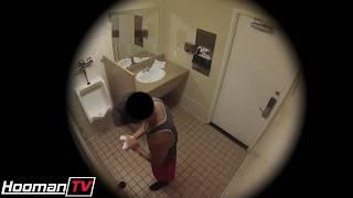 Порно в туалете ( пранк)