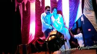 Akasamlo okatara song KRISHNA Garuni minchipoy vesadu @ammai ithe enka super vesindhi