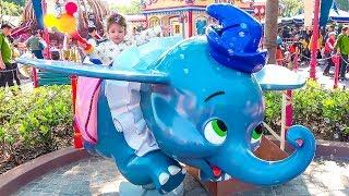 Milusik Lanusik in DisneyLand  for kids and Disney Princesses