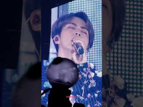 181002 (JIN Solo: Epiphany) BTS LOVE YOURSELF TOUR CHICAGO Day 1