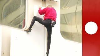 بالفيديو: فرنسي يتسلق 36 طابقاً بيديه العاريتين فقط