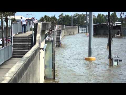 Atchafalaya Flooding @ Morgan City, LA 5/23/2011