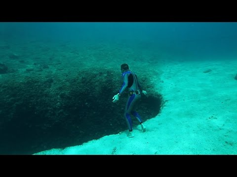 Never be Nery freediving in Vouliagmeni