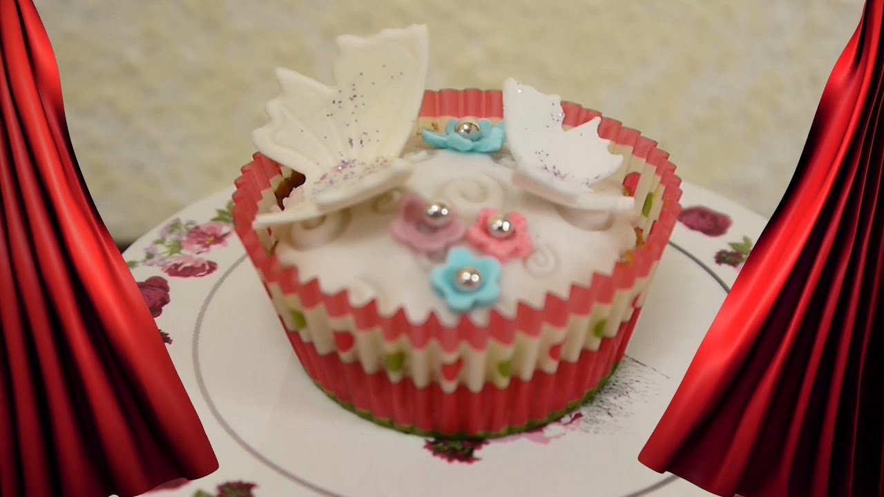 diy rezept cupcakes mit schmetterlingen torte dekorieren mit fondant youtube. Black Bedroom Furniture Sets. Home Design Ideas