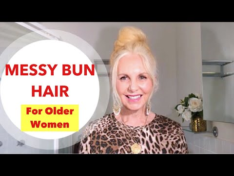 messy-bun-hairstyle-,-fast-and-easy-for-mature-women