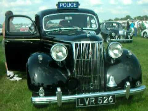 Why Don T Uk Police Have Police Cruisers Like The Us Use They Don