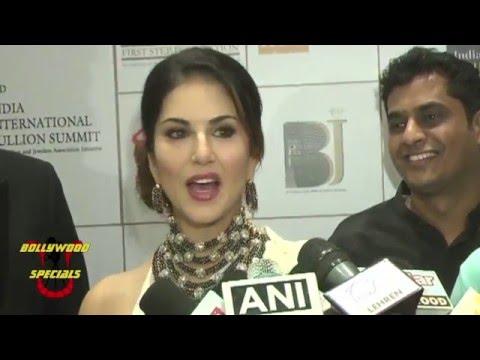 Anil Kapoor & Sunny Leone at 3rd  India Bullion & Jewelers Awards 2015