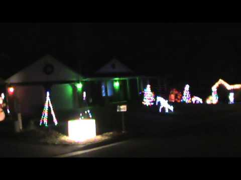 christmas lights synchronized to music - Christmas Lights Synchronized To Music