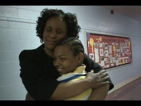 Diane Sawyer Revisits at Risk School Strawberry Mansion High | A Hidden America (World News)