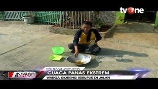 VIRAL!! Warga Goreng Kerupuk di Bawah 'Cetarnya' Panas Matahari di Bekasi