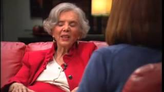 Elena Poniatowska Source)