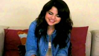Baixar Selena gomez: Do you eat lemons with milk on the side with a hint of whipped cream